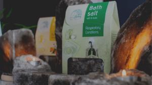Black-Rock-bath-Salt